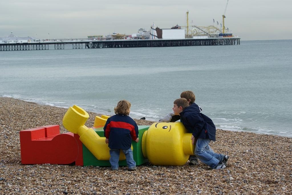 Ego Leonard na pláži Brighton Beach