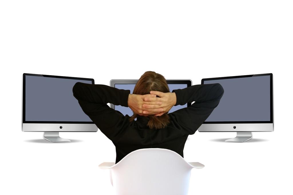 Snadnější cesta: registrace domény přes poskytovatele webhostingu