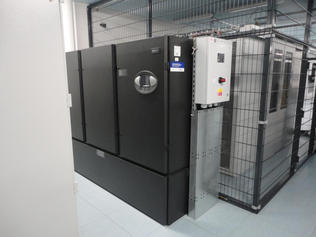 Jedna z průmyslových klimatizací serverovny datacentra MasterDC v Brně