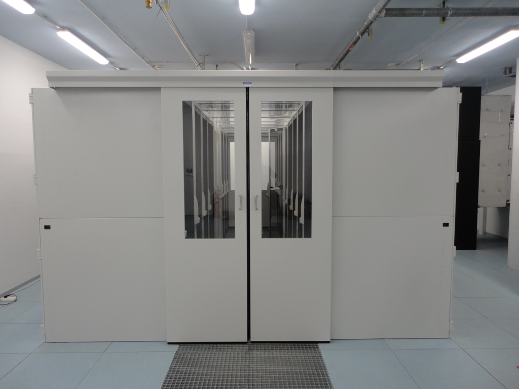 Rackové skříně využívající free cooling datacentra MasterDC v Brně