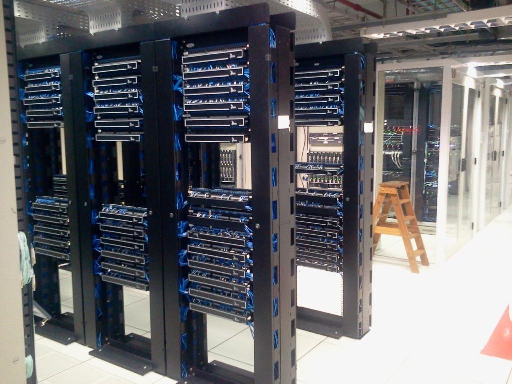 Datacentrum severové racky